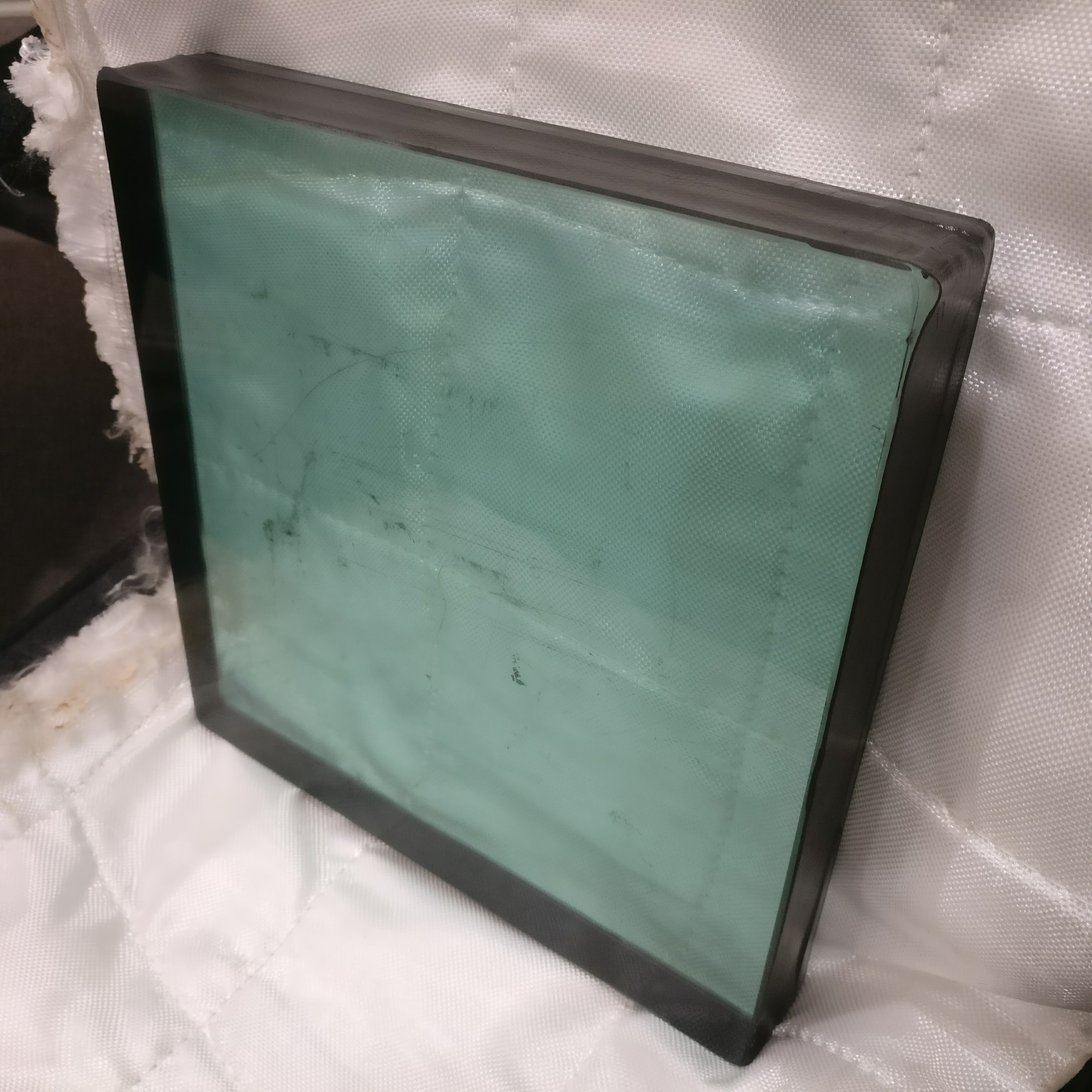 Bulletproof Glass Sample with Bomb Blanket
