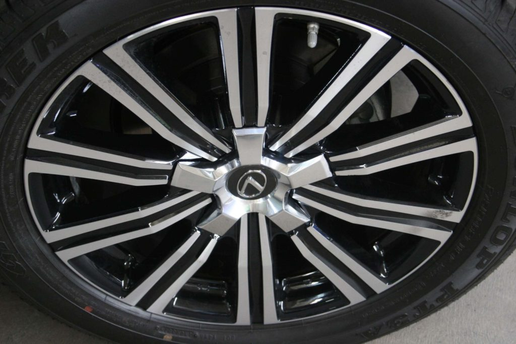 2020 Bulletproof Lexus LX 570 Armormax Runflats Tire Insert