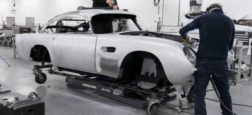 Aston Martin DB5 Production